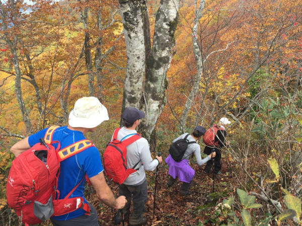 Hiking the beautiful Shio-no-michi and Shinetsu Trails in Autumn